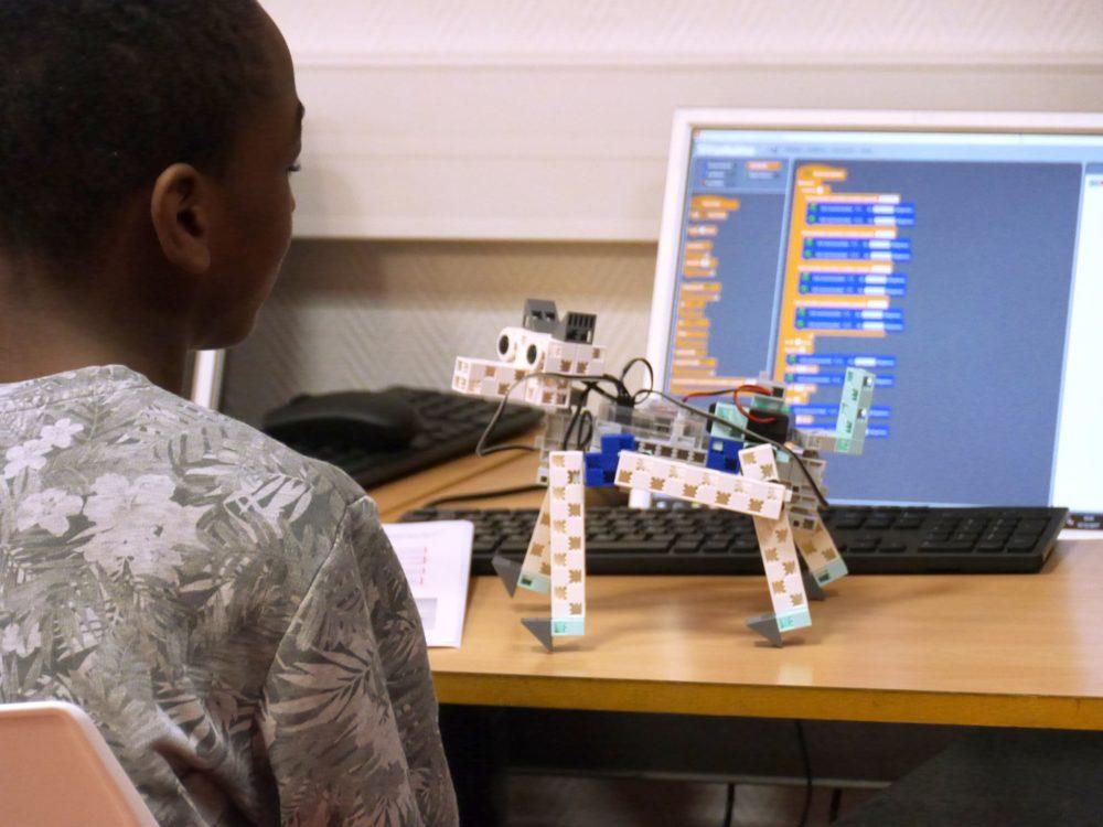 école pour apprendre la robotique