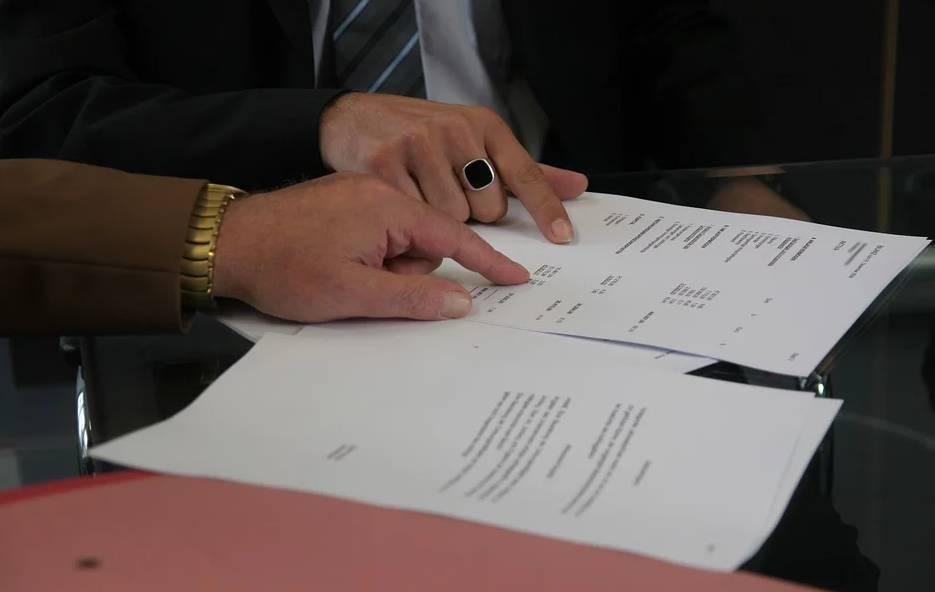 contrat création site internet avec une agence dans les Vosges